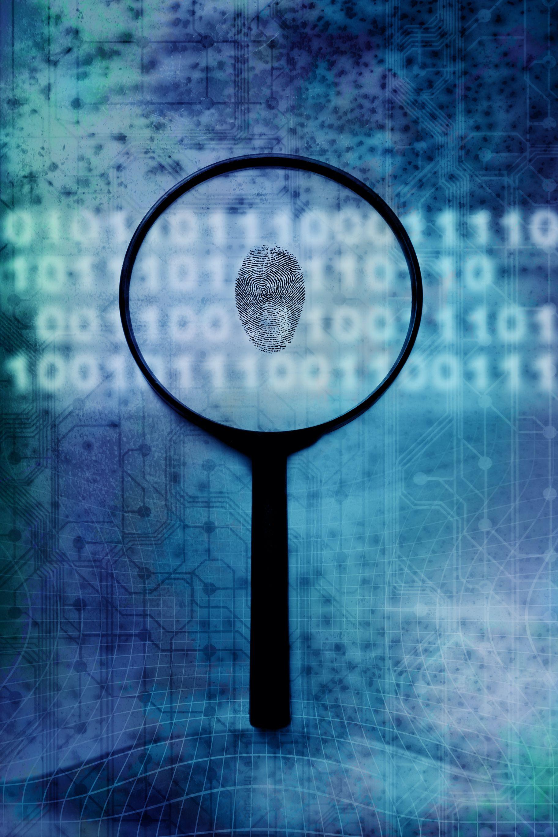 Investigatin internet crime